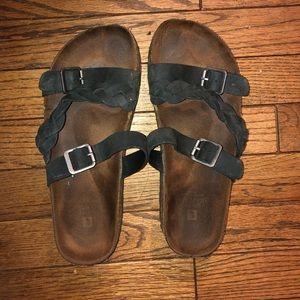 White Mountain Black Sandals